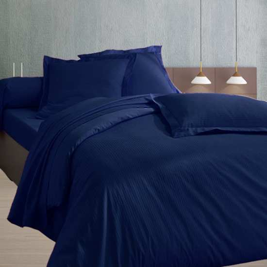 240x260 satin de coton housse de couette bleu marine. Black Bedroom Furniture Sets. Home Design Ideas