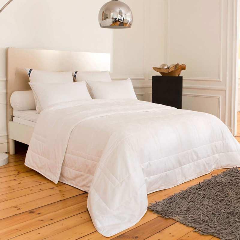 couette 140x200 soie drouault. Black Bedroom Furniture Sets. Home Design Ideas