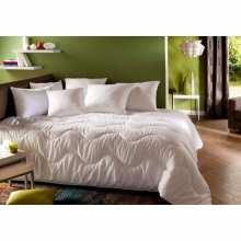 couette 220x240 2 personnes la compagnie du blanc. Black Bedroom Furniture Sets. Home Design Ideas