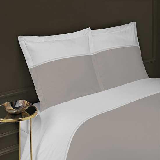 housse de couette 200x200 linge de lit 200x200 jou echelle. Black Bedroom Furniture Sets. Home Design Ideas