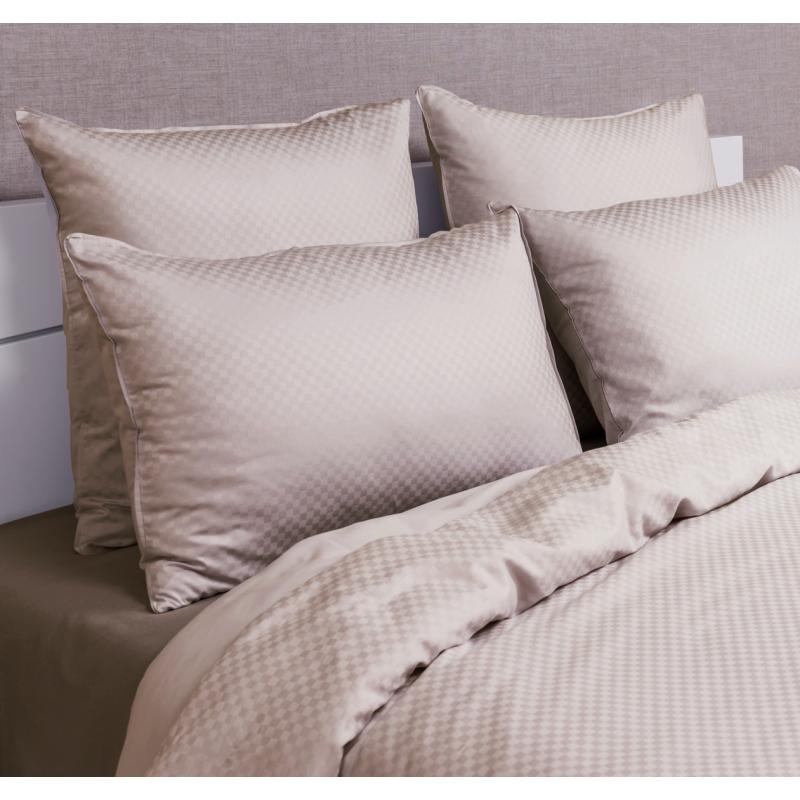 linge de lit satin jacquard damiers luxe la compagnie du blanc. Black Bedroom Furniture Sets. Home Design Ideas