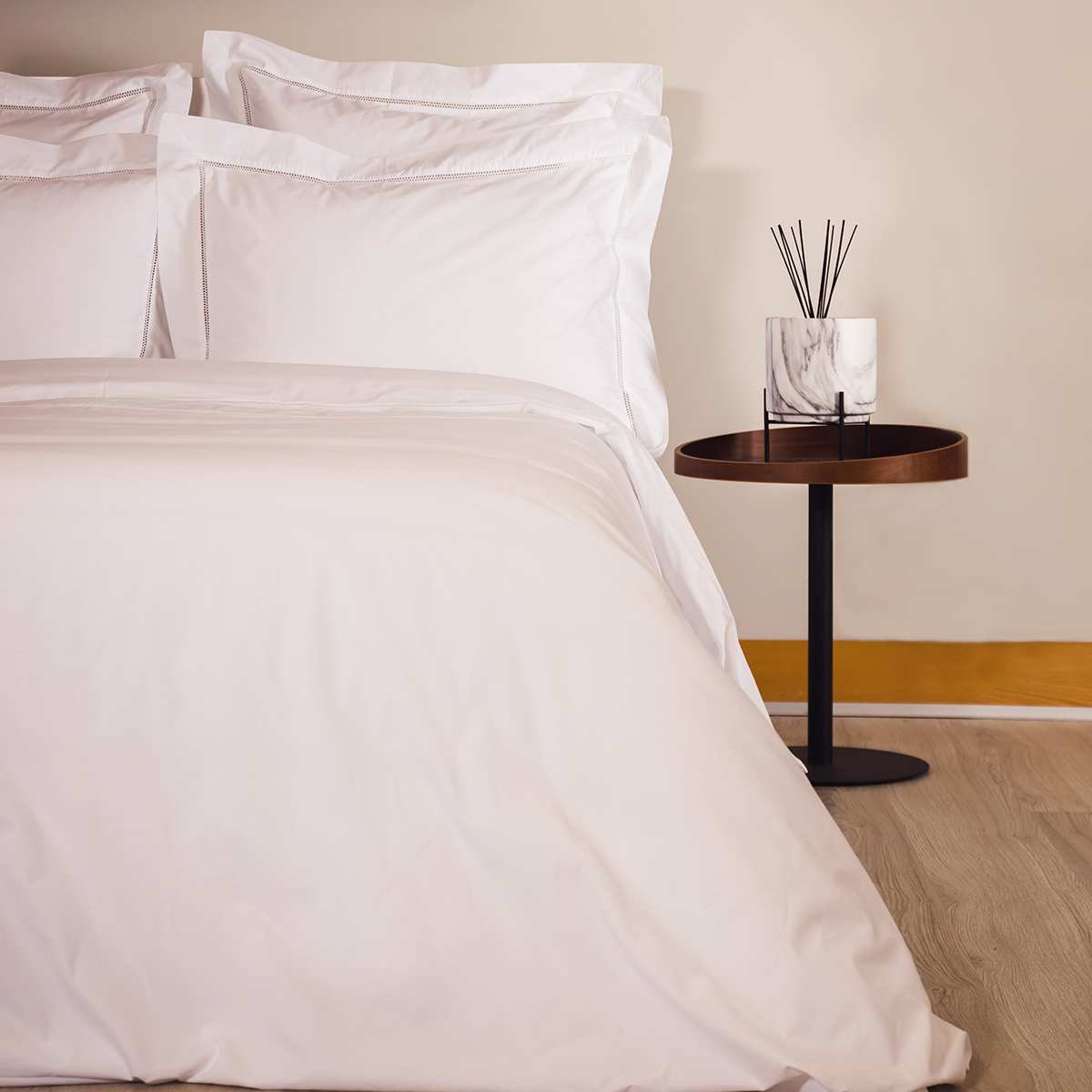 linge de lit percale 160 fils la compagnie du blanc. Black Bedroom Furniture Sets. Home Design Ideas